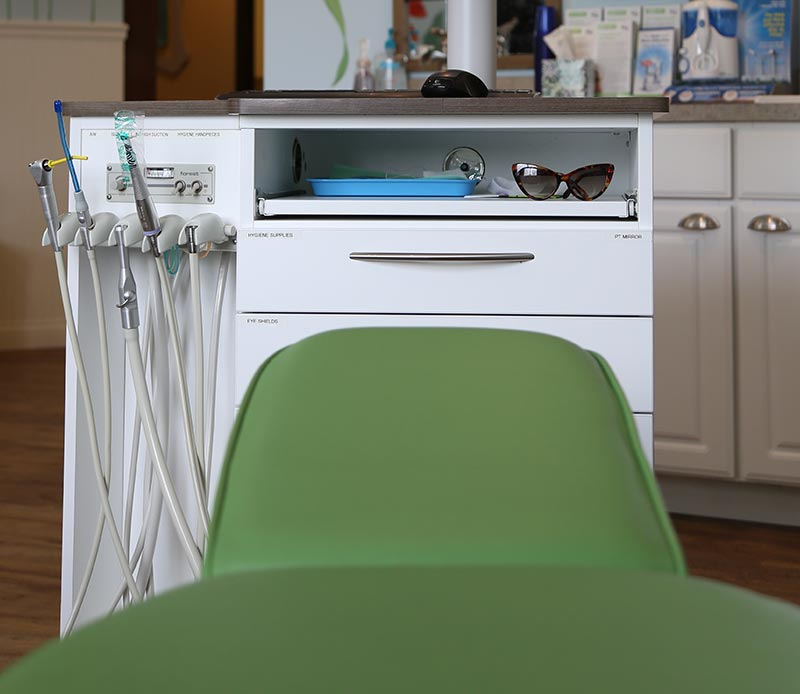 Dentist seat for kids